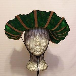 VERY COOL GREEN ORIENTAL FAN HAT